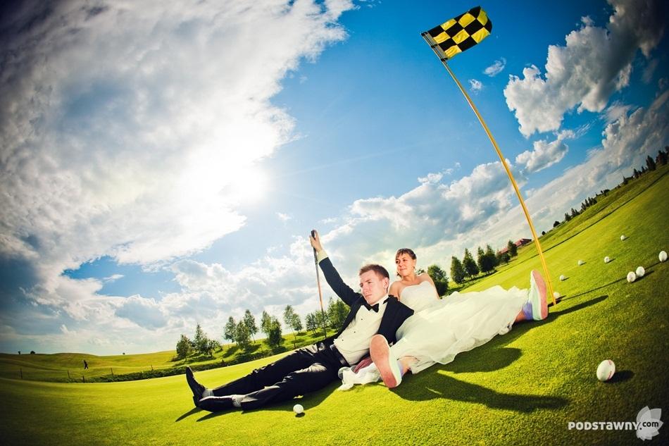 plener na polu golfowym